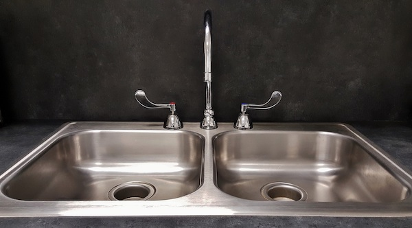 How to Remove Chemical Stains from a Stainless Steel Sink